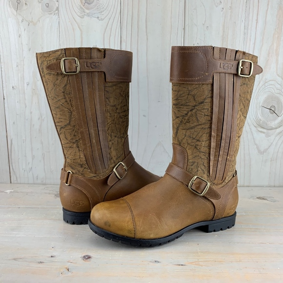 UGG Shoes - VINTAGE UGG SHORT LEATHER PULL ON BOOT WITH GORING
